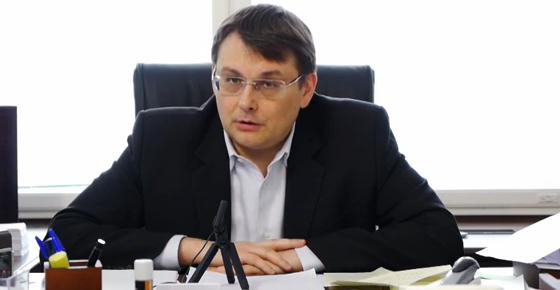 http://politikus.ru/uploads/posts/2015-05/1432934097_evgeniy-fedorov.jpg