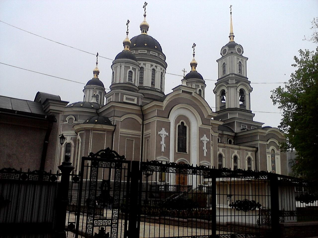 Донецк – евро-украинская зависимая независимость и ответ ДНР на укробстрелы
