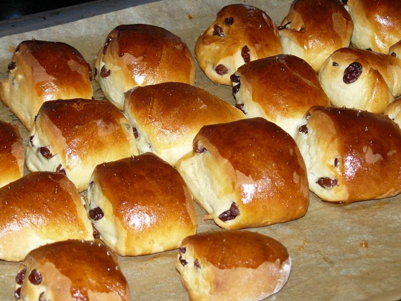 Мягкие булочки с изюмом рецепт с пошагово