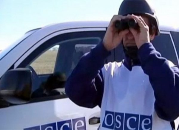 ОБСЕ зафиксировала почти 100 взрывов на окраинах Донецк