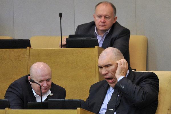Зачем в Госдуме Кобзон и Валуев?