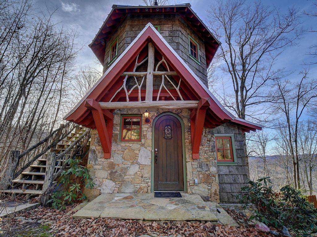 Этот мини-замок — настоящий дом мечты дом, замок