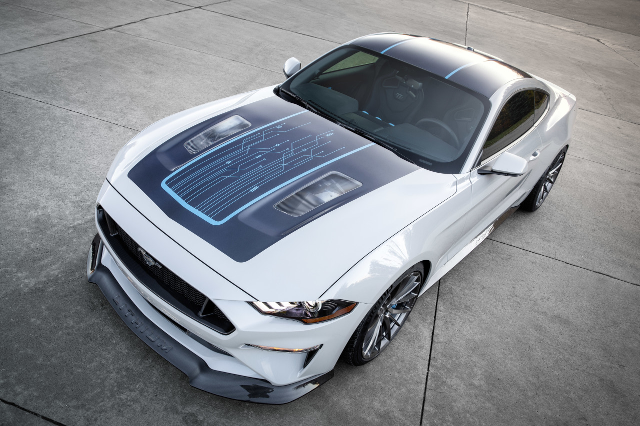 Ford-Mustang-lithium-top
