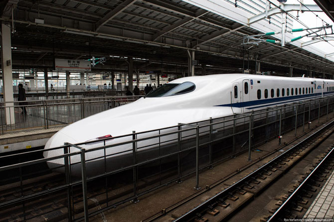 Japanese railway miracle - Shinkansen train