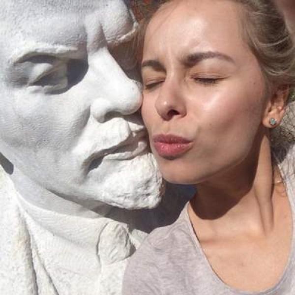 А вы сделали селфи с Лениным?