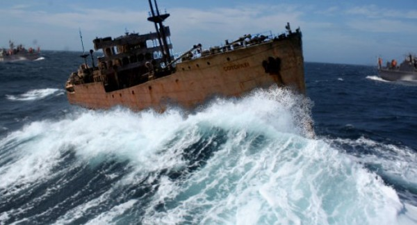 In the Bermuda Triangle emerged ship disappeared 90 years ago 2.jpg