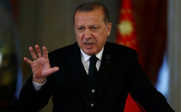 Эрдоган пригрозил США: «Мы можем прийти к вам ночью»