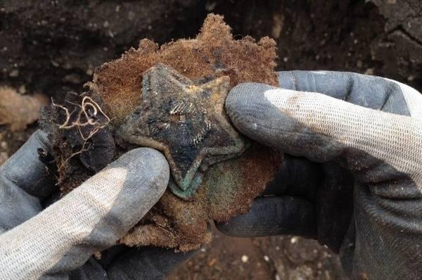 Оренбургские поисковики в Крыму нашли останки 163 советских воинов
