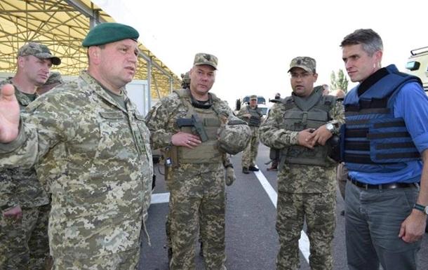 Британский министр-скандалист проинспектировал украинских карателей