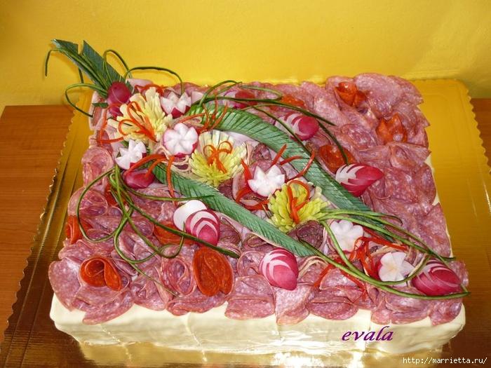 Соленый закусочный торт. Идеи оформления к ПАСХЕ (45) (700x525, 316Kb)