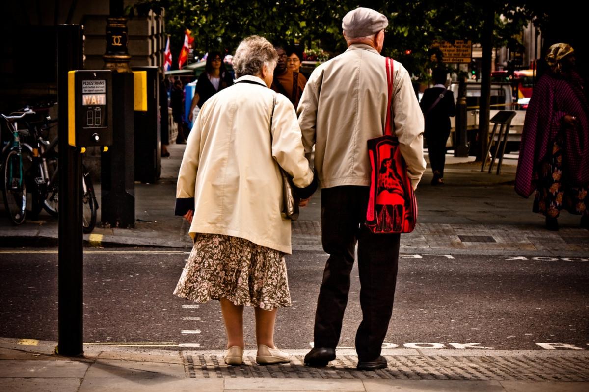 Зомби-клетки и короткие хромосомы: почему люди стареют
