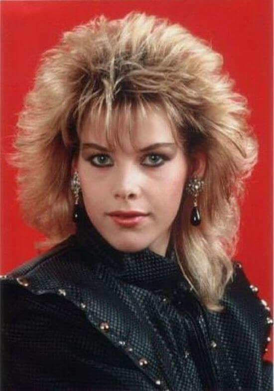 90-е годы волосы, женщины, кудряшки, мода, начес, прически, стрижки