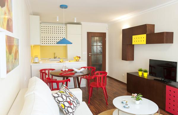 Яркий современный дизайн однокомнатной квартиры 45 кв м
