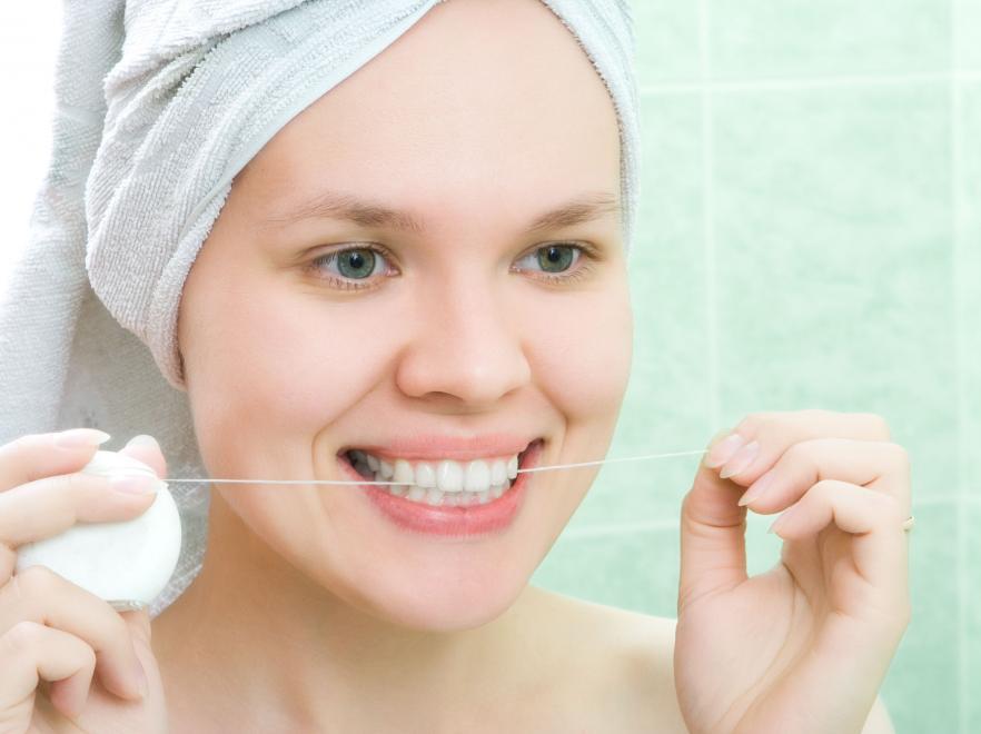 10. Используйте зубную нить возраст, жизнь, люди