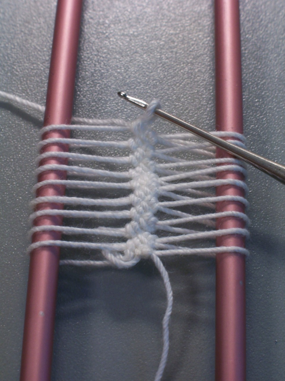 Вилка для вязания кружева