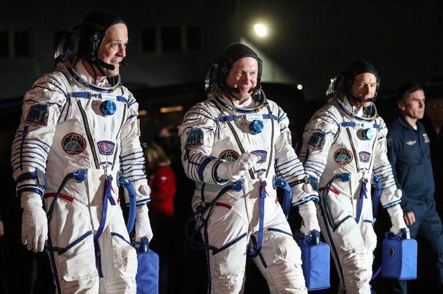 Американский след. Астронавты из США намеренно повредили «Союз»?