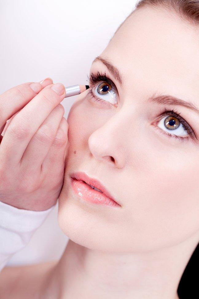 10 трюков с подведением глаз…