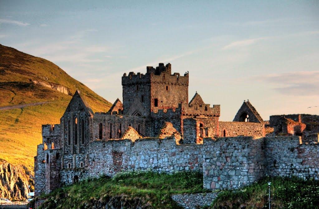 Прекрасный замок Пил