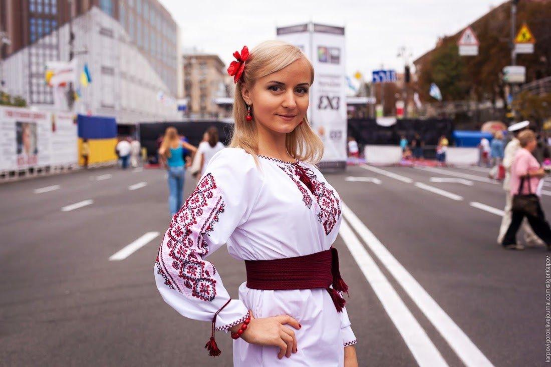 Фото красивых девушек украины, Где самые красивые девушки? В России или на Украине? 14 фотография