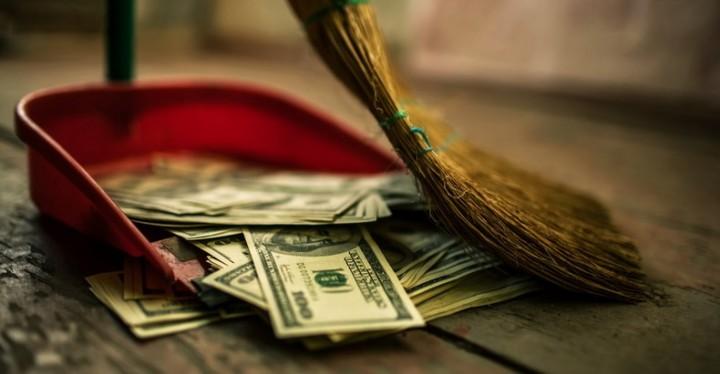 Секретная встреча в Лондоне нацелена на «отмену наличных денег»