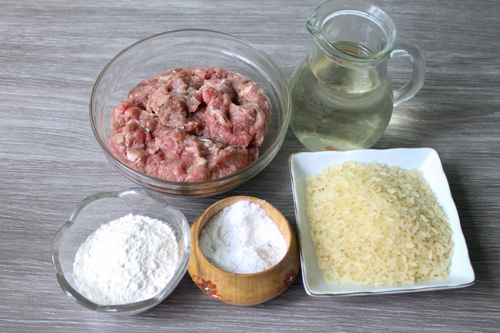 Паровые тефтельки «Ежики» — мясное блюдо и для детей, и для взрослых!