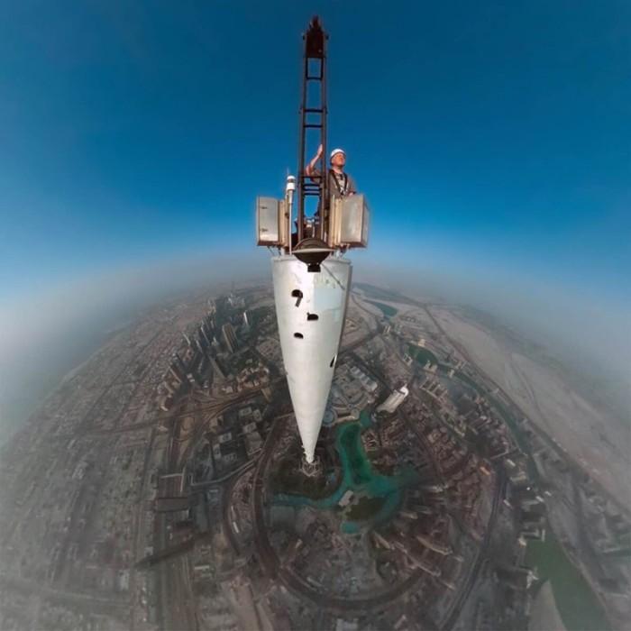 Бурдж Дубай признан самым высоким зданием в мире.