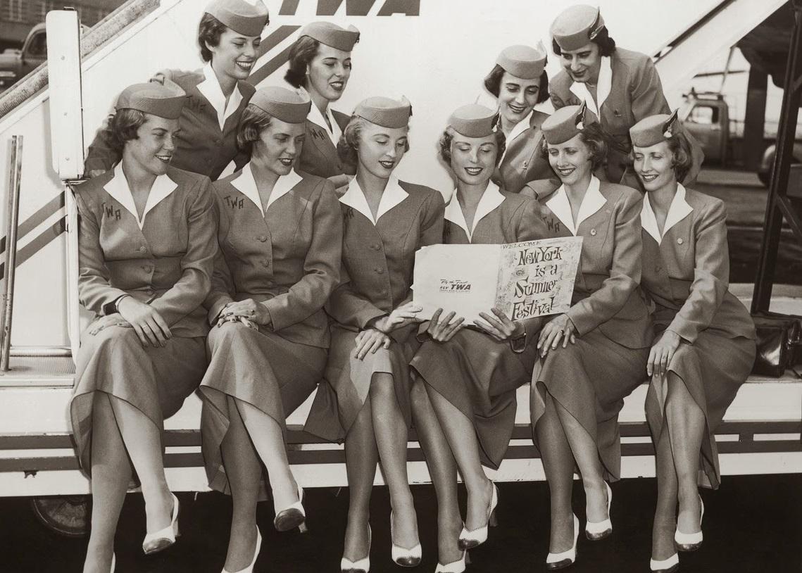 Небесные ласточки: чего вы не знали о профессии стюардессы?