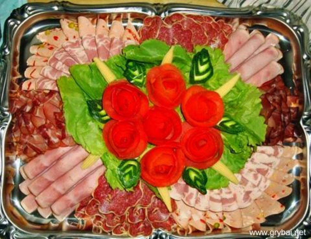 На нашем вкусном сайте Вы с легкостью найдете все про как украсить холодные закуски...