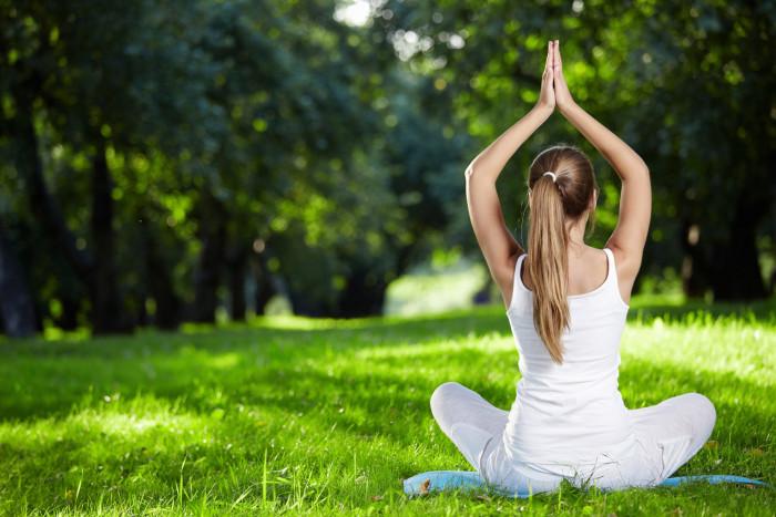 3 упражнения из йоги для идеальной спины