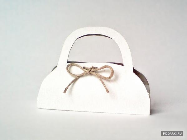 Упаковка ввиде сумочки