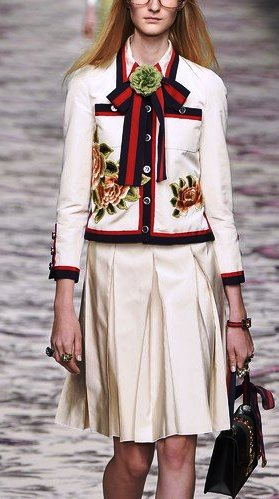Gucci весна-лето 2016 на Milan Fashion Week,: 70-е годы никогда не выйдут из моды!
