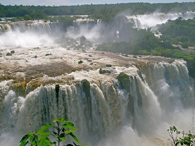 9. Водопад Игуасу водопады, красота, природа