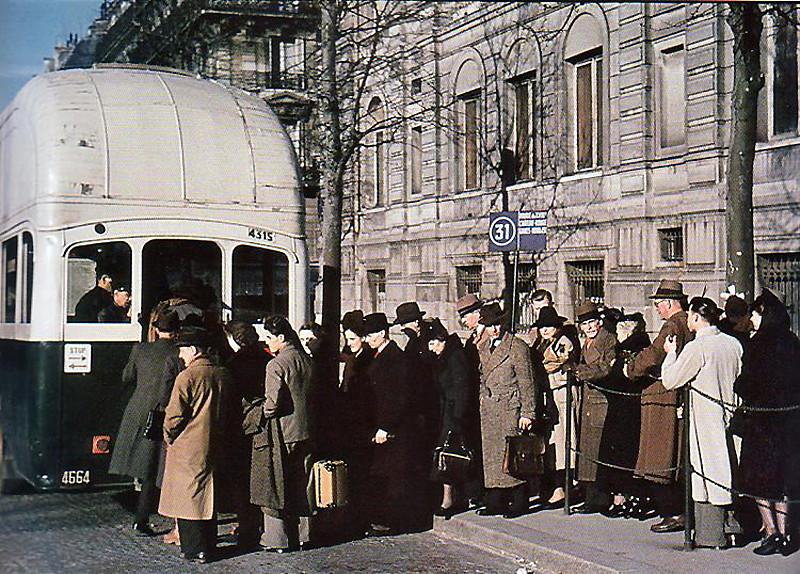 """""""Париж в оккупации 1941-44г"""". Эти фото поразили многих! Прекрасная Франция, вторая мировая война, сопротивление"""