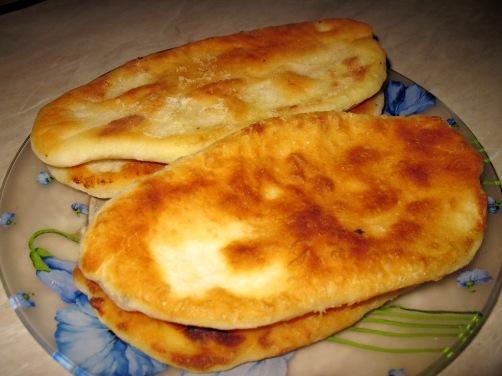 Тонкие жареные пирожки-лепешки с картошкой на кефире. Вкусный бабушкин рецепт