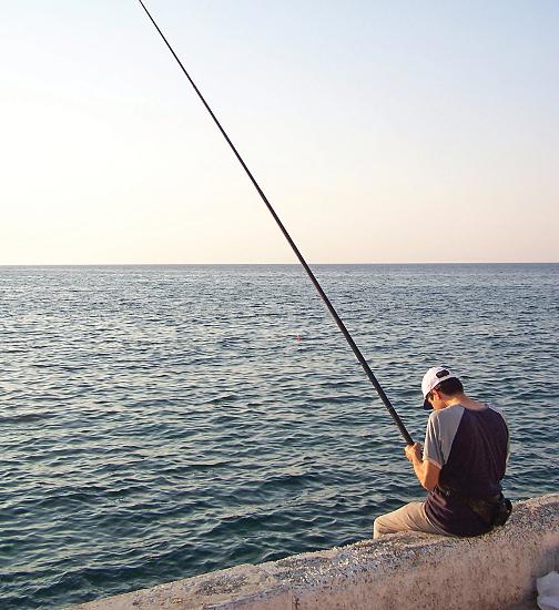 Большая вода рыбаку не помеха