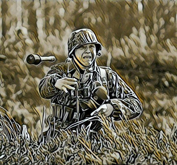 «Один русский гонял по деревне целое отделение вермахта!- кричал унтер.-Позор!»