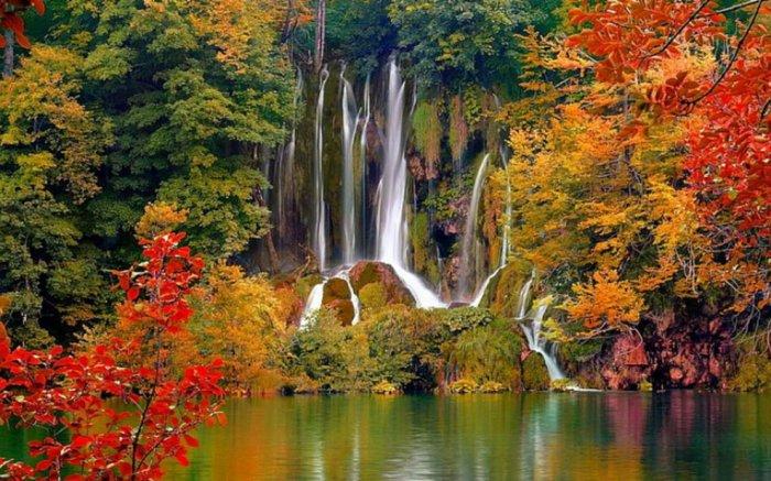 Красивейшие озёра мира (10 фото)