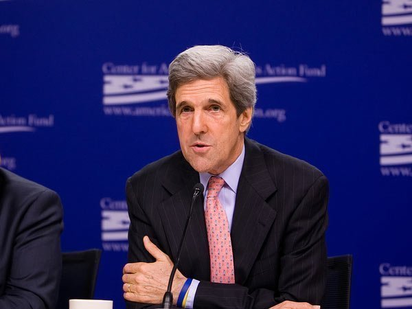 http://polit.ru/media/photolib/2013/09/12/thumbs/kerry_1443530514.jpg.600x450_q85.jpg
