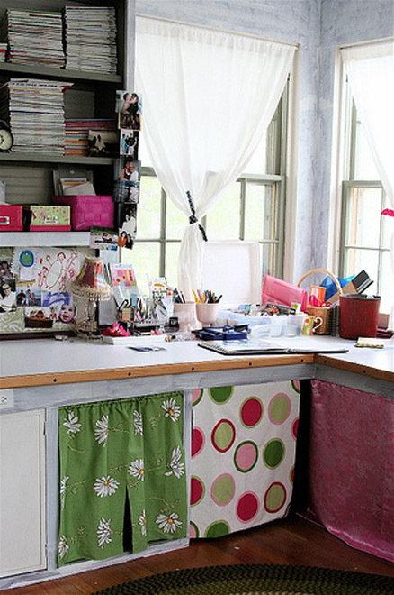 Фотография: Офис в стиле Прованс и Кантри, Современный, Декор интерьера, Дом, Декор дома, Системы хранения, Шторы – фото на InMyRoom.ru