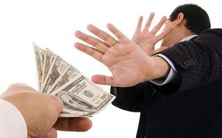 SWIFT подтверждает: расчеты в долларах сокращаются