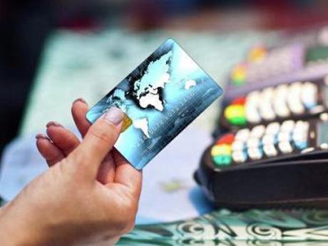 Центральный банк затянул создание национальной платежной системы обслуживания банковских карточек
