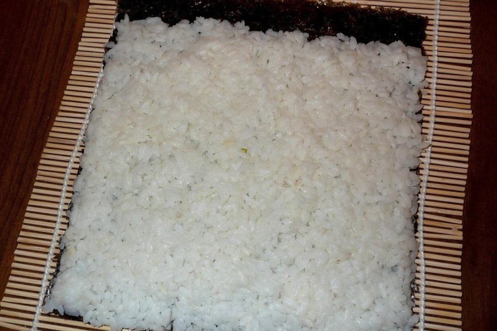 Как сделать суши чтобы сверху был рис