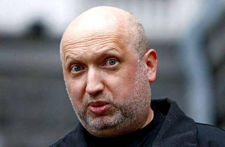 Турчинов разозлился на Лаврова: Да он сивый мерин!