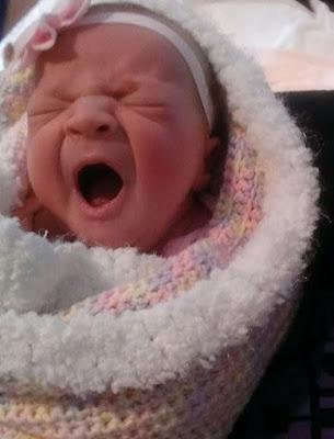 Коснувшись мамы, девочка уснула. Через 10 минут приборы визжали на всю больницу...