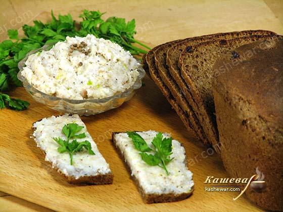 Сало с чесноком и кориандром – рецепт с фото, украинская кухня