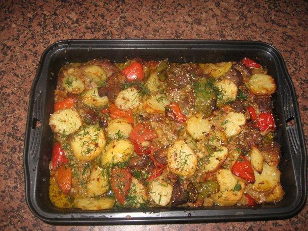 Запеченное мясо в духовке с овощами в фольге рецепты
