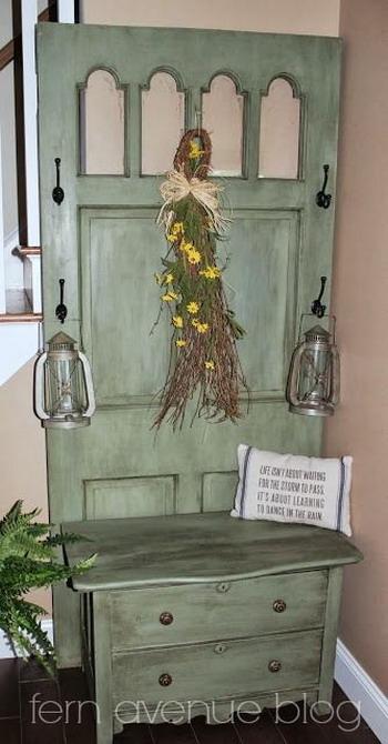 vintage-furniture-from-repurposed-doors5-10 (350x670, 168Kb)