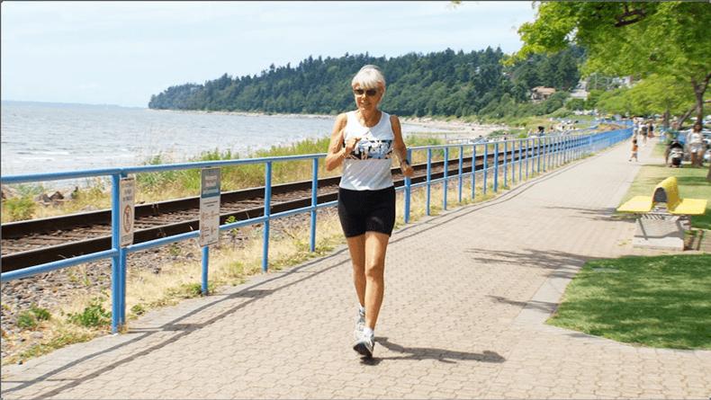 Рут Хейдрих, которая победила рак и пробежала более 100 марафонов