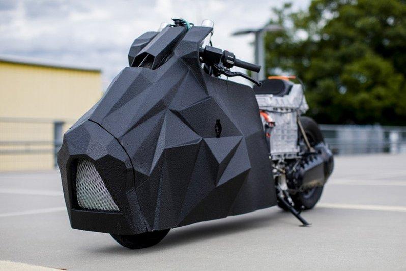 Электрический драгбайк BMW C Evolution