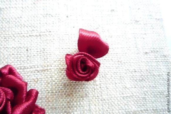 Вышивка лентами - роза